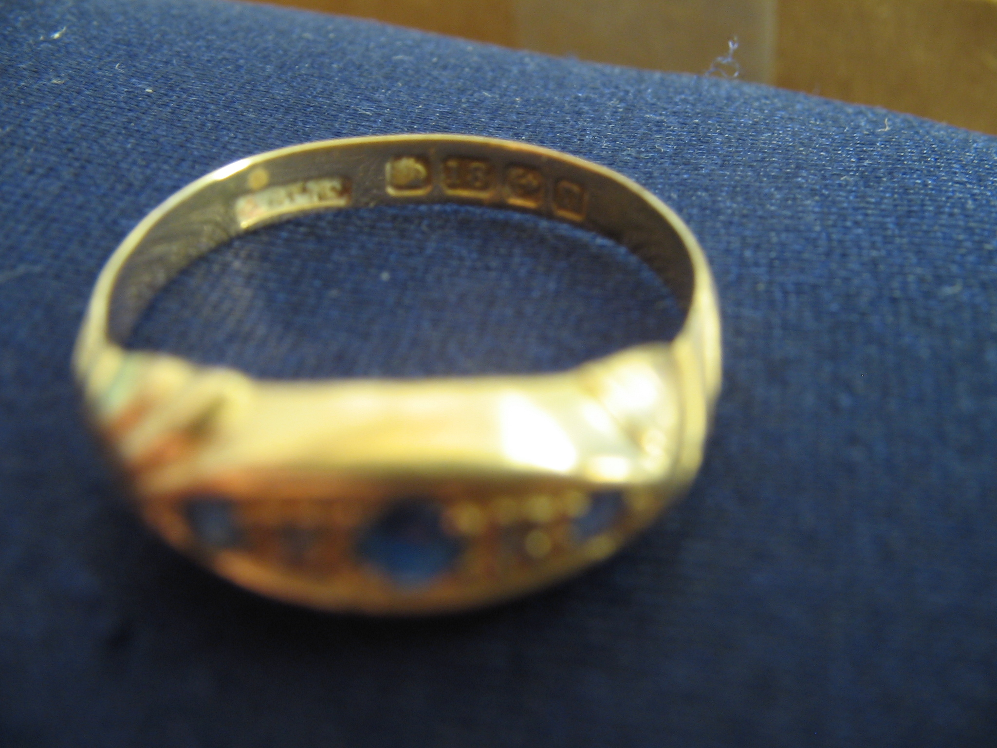 gold mood ring